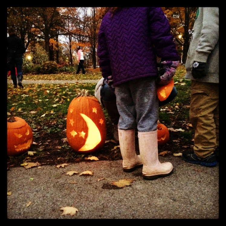 PumpkinParadeWithrow